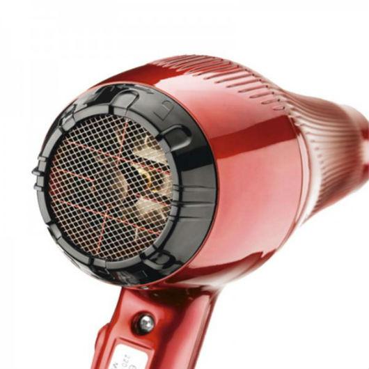 Los modernos secadores de pelo incorporan dispositivos de seguridad muy eficaces
