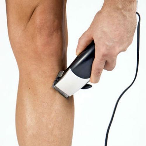 Para la depilación masculina es recomendable el rasurado previo con el cortapelos